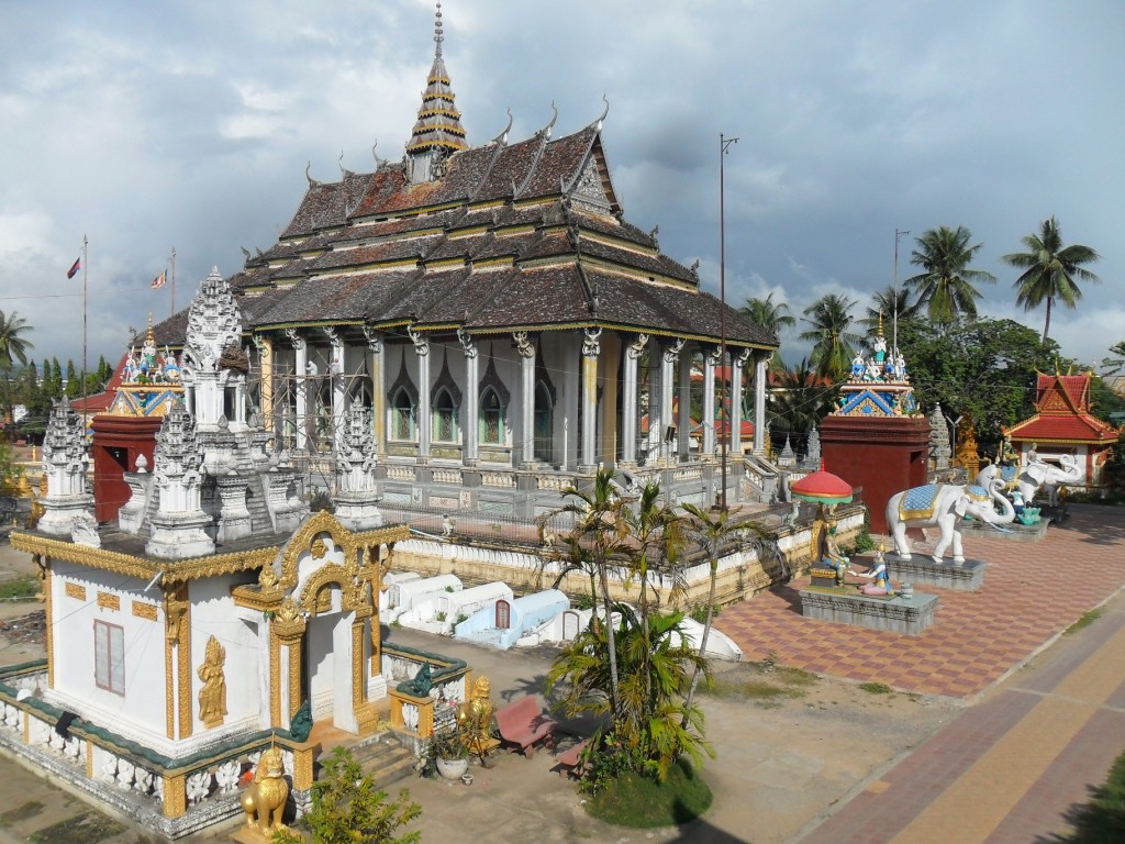 Buddhist_temple,_Battambang